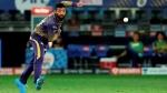 IPL 2020: തന്നെ ബൗള്ഡാക്കിയ വരുണിനോട് ധോണി പറഞ്ഞതെന്താവും? വൈറലായി വീഡിയോ