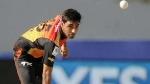 IPL: ഒരു ബാറ്റ്സ്മാനെതിരേ കൂടുതല് ഡോട്ട് ബോള്- ഭുവിയാണ് കിങ്, നേരിട്ടതും ഇന്ത്യന് താരം!