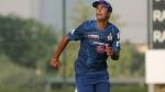 IPL 2021: എസ്ആര്എച്ചിന്റെ മധ്യനിര ഒന്നിനും കൊള്ളില്ല, ജാദവിനെ കളിപ്പിക്കുന്നതാണ് നല്ലതെന്ന് ഓജ