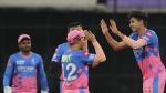 IPL 2021: പോയിന്റ് പട്ടികയില് മുന്നില്ക്കയറാന് രാജസ്ഥാന്; ഡല്ഹിക്കെതിരെ ആദ്യം ബൗളിങ്