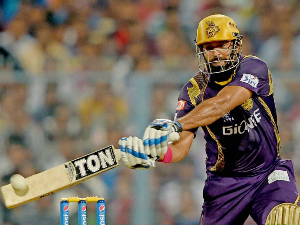 Dhaka Premier League Yusuf Pathan Arrives Late Hits Match Winning