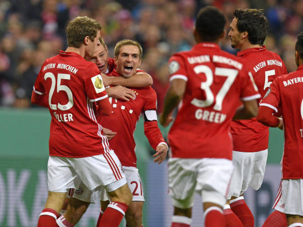 Bayern Beat Schalke Enter German Cup Semi Final