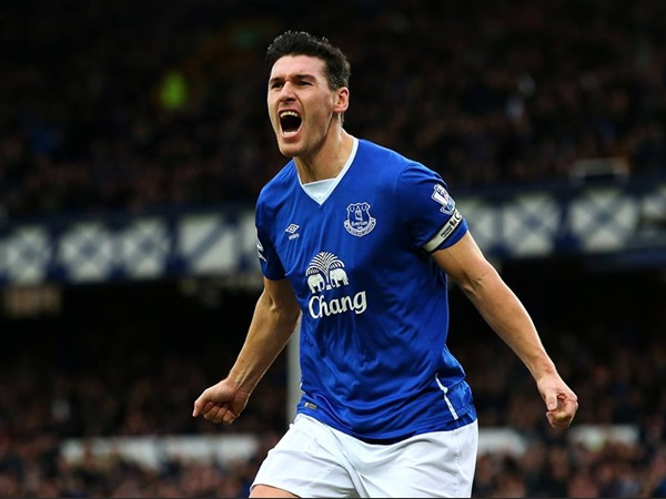 Gareth Barry Has Over Taken The Ryan Gigs Appearing 633 Top Flight Game With Arsenal