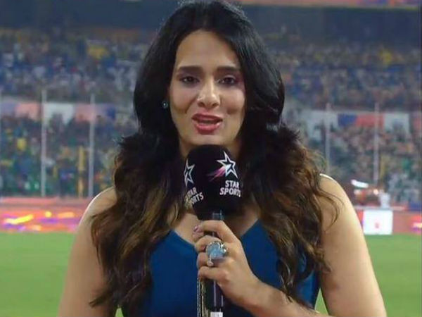Glamorous Female Anchors In Indian Premier League