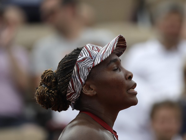 Venus Jelena Lose In French Open First Round