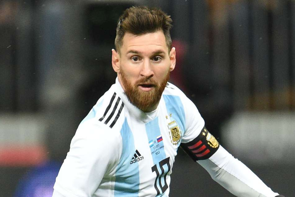Argentina Star Fight With Messi