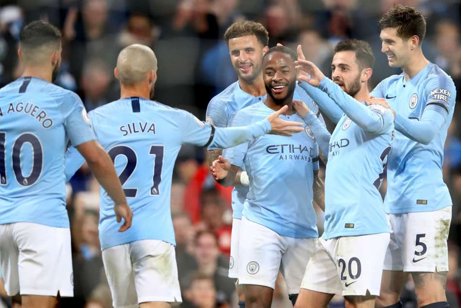 Epl Manchester City Thrash Southampton To Go Top