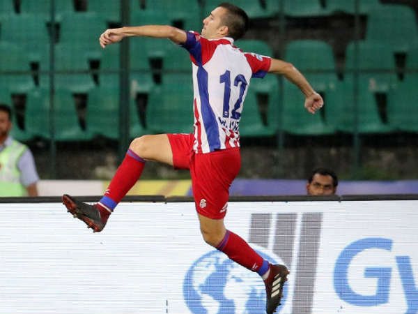 Atk Beats Chennaiyin Fc In Indian Super League Football