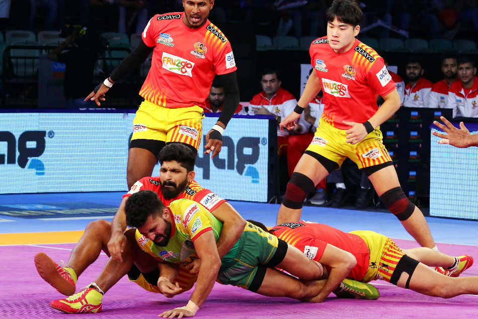 Gujarat Fortunegiants thrash Patna Pirates