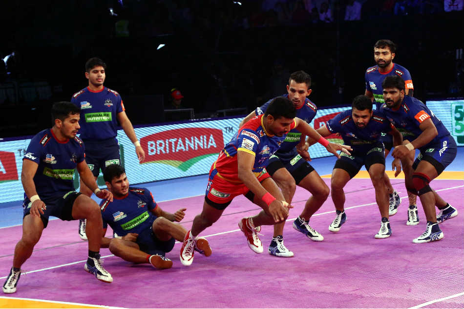 Pro Kabaddi 2018 Up Yoddha Edge Out Haryana Steelers