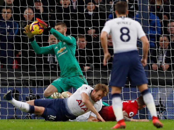 Manchester United Beats Tottenham In English Premier League Football