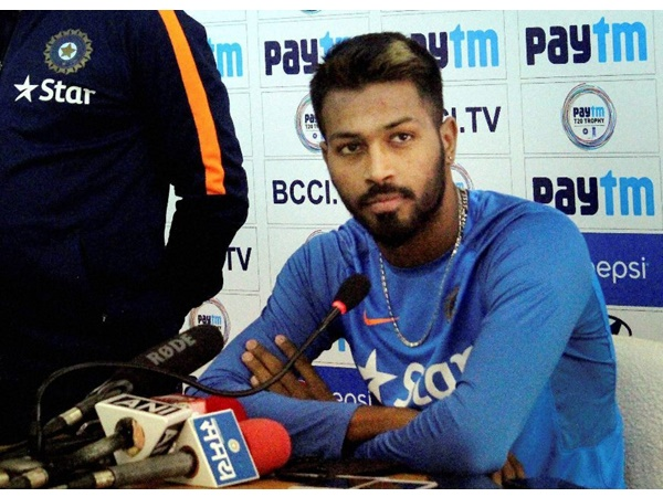 Hardik Pandya Spotted With Krunal