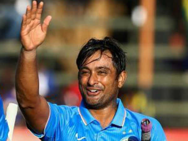 Indian Batsman Ambati Rayudu Suspended From Bowling By Icc