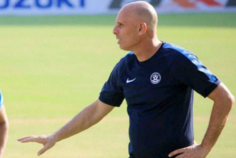 Indian Football Coach Resigned Waiting New Super Coach