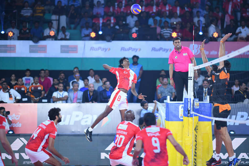 Calicut Heroes Qualify For The Playoffs