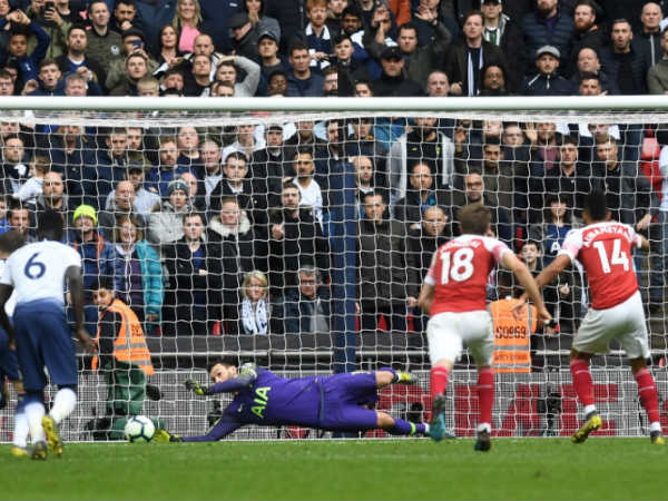Arsenal Tottenham English Premier League Match Ends In Draw
