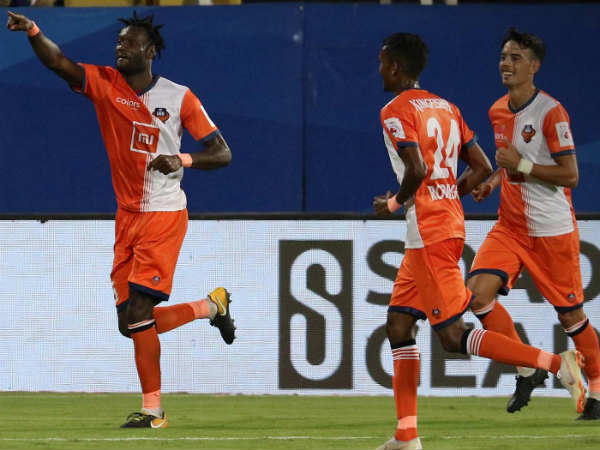 Fc Goa Thrashes Mumbai City In Isl First Leg Semi Final