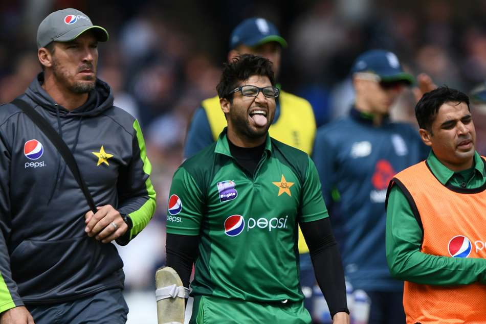 Pakistan Player Imam Ul Haq Injured