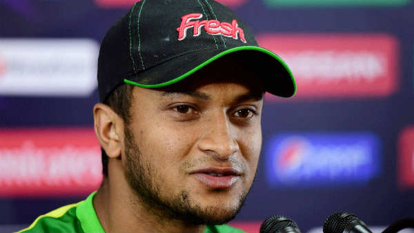 Bangladesh Allrounder Shakib Injured During Odi Against Ireland