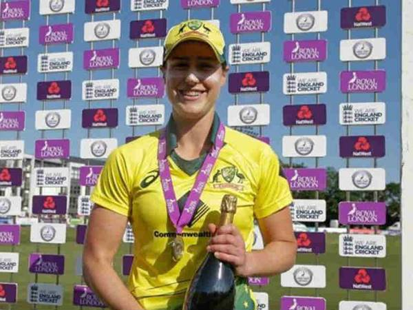 Ellyse Perry Make History In In T