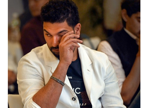 Former Allrounder Yuvraj Singh Regrets Not Settling With Any Team In Ipl