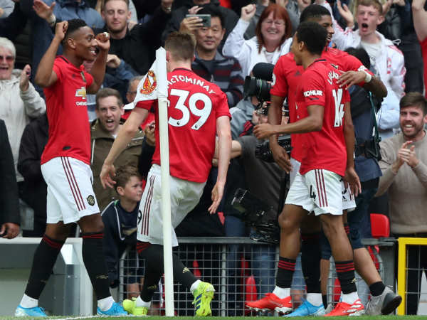 Manchester United Thrashes Chelsea In English Premier League Match