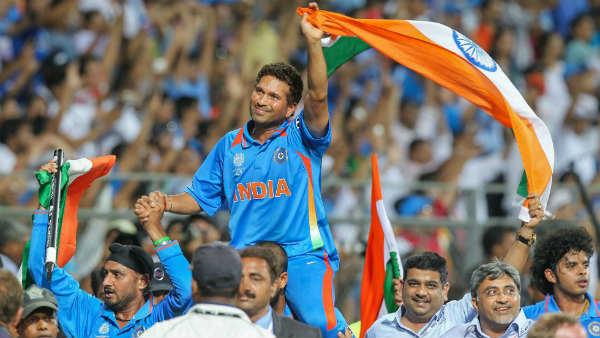 2011ലെ ലോകകപ്പ് നേട്ടം... ഇന്ത്യ കടപ്പെട്ടിരിക്കുന്നത് ധോണിയോടല്ല! സച്ചിനോട്- അപ്റ്റണ്