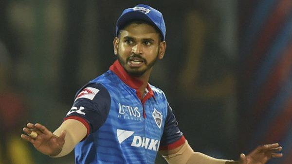 IPL 2020: കുറഞ്ഞ ഓവര് നിരക്ക്, ഡല്ഹി നായകന് ശ്രേയസ് അയ്യര്ക്ക് 12 ലക്ഷം പിഴ