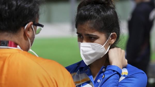 Olympics 2021: ഷൂട്ടിങ്ങില് തിളങ്ങി മനു ഭാക്കര്; പ്രിസിഷന് റൗണ്ടില് അഞ്ചാമത് - ഇന്ത്യയ്ക്ക് പ്രതീക്ഷ