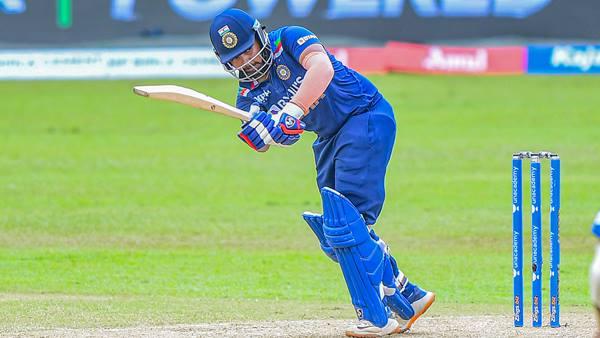 IND vs SL T20: ചരിത്രം കുറിക്കാന് ധവാനും ഹര്ദികും, സച്ചിന് പോലുമില്ലാത്ത നേട്ടത്തിനരികെ പൃഥ്വി ഷാ