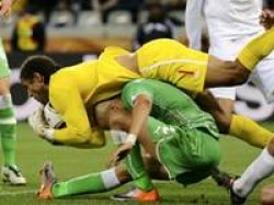 Sports Algeria Holds England To A 0 0 Draw