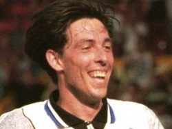 Sports Soccer Player Gary Ablett Dead Aid