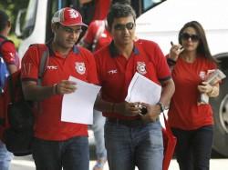 Kings Xi Punjab Coach Sanjay Bangar Stars