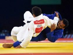 Commonwealth Games Lifters Sukhen Sanjita Win Gold As India Make Rousing Start