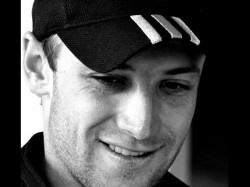 Nepal To Place Phil Hughes Bat Atop Mount Everest