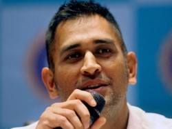 Dhoni Feels Spinners Losing Out To New Rules