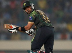Umar Akmal Omitted From T20 Squad