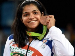 Rio Medallist Sakshi Malik To Tie The Knot Reports