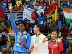 Spain S Carolina Marin Makes History With Badminton Gold