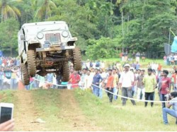 Bhoothathankettu Four Wheel Mud Race Bino S Photos Gone Viral