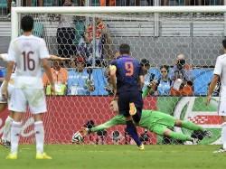 Spain Crush Liechtenstein To Close In On World Cup Spot