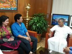 Sachin Tendulkar Meets Kerala Chief Minister Pinarayi Vijayan Ahead Of Isl Season