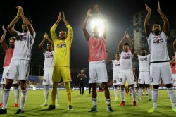 Pune City Beats Mumbai In Isl Match