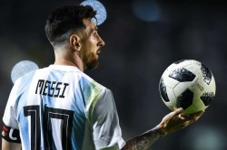 Messi Fan Paints His Building White And Blue