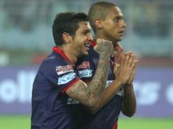 Atk Beats Pune City In Indian Super League Match