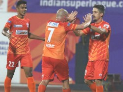 Pune City Beats Fc Goa In Indian Super League Match