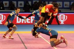 Pro Kabaddi 2018 Gujarat Beat Yoddha