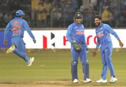 India Australia Second Odi Match Live Updates
