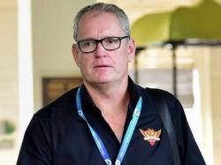 Hyderabad Coach Tom Moody Breaks Down In Tears After Eliminator Loss