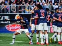 Football Psg Beat Angers